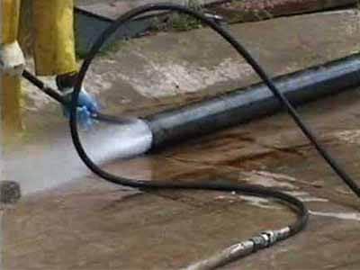 0 2 nettoyage canalisation haute pression - Techniques de débouchage canalisation à haute pression