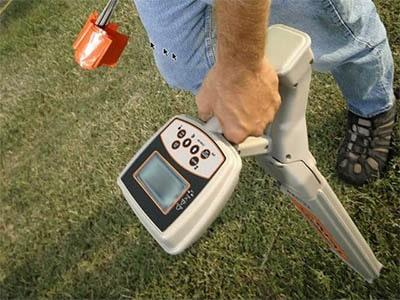 Detecteur de canalisation bouchee localisation regard enterres 400x300 - Comment déboucher une canalisation d'égout