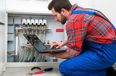 controle installation chauffage 400x262 - Entreprise agréée en réparation chaudière à Bruxelles et dans le Brabant