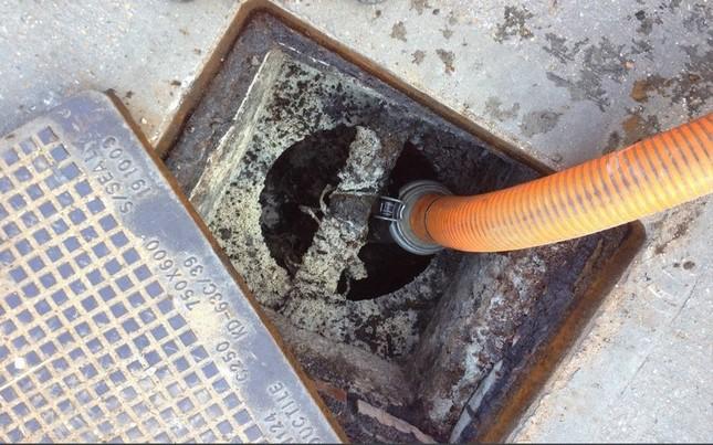 deboucheur debouchage canalisation depannage curage vidange 8 150x150 - débouchage fosse septique Forest   intervention rapide