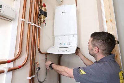 depannage chaudiere chauffage 28 400x267 - Entreprise chauffagiste Etterbeek (1040) qualifié pour travaux du chauffe eau en 1h