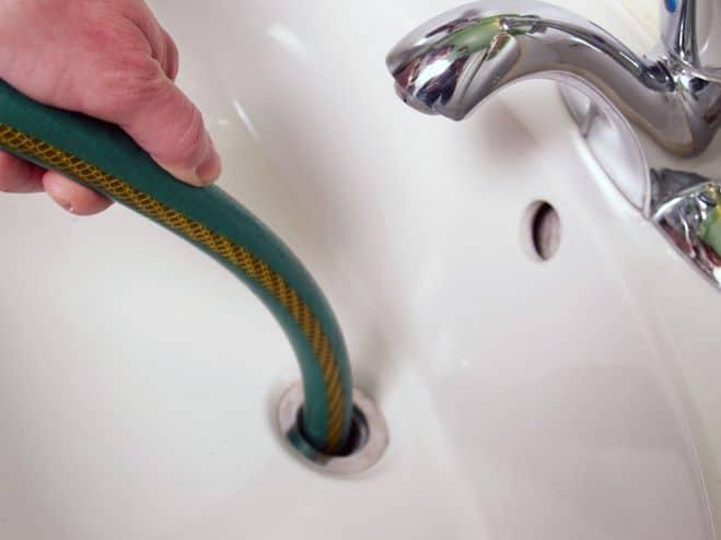 depannage plombier plomberie reparation canalisation fuite eau 101 150x150 - plombier agréé Woluwe Saint Lambert chez vous en 1h