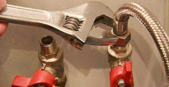 depannage plombier plomberie reparation canalisation fuite eau 108 - plombier Woluwe Saint Lambert devis gratuit avec garantie
