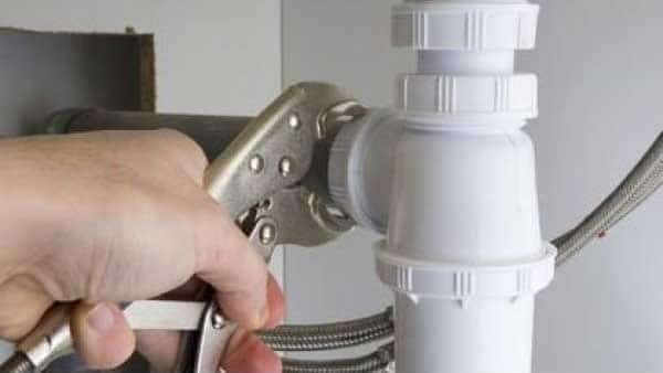 depannage plombier plomberie reparation canalisation fuite eau 83 - plombier agréé Woluwe Saint Pierre intervention rapide