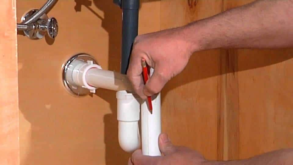 depannage plombier plomberie reparation canalisation fuite eau 88 150x150 - plombier pas cher Molenbeek 24h/24