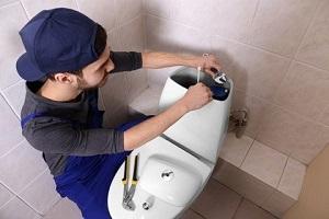 réparation réservoir wc - Comment faire face à une fuite dans ses toilettes ?
