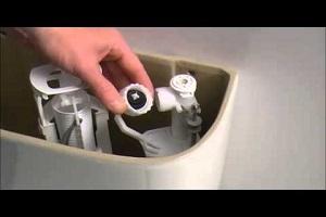 réparation robinet flotteur - Comment faire face à une fuite dans ses toilettes ?